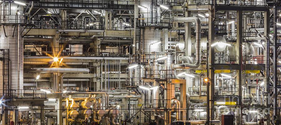 Nhà máy lọc dầu 3